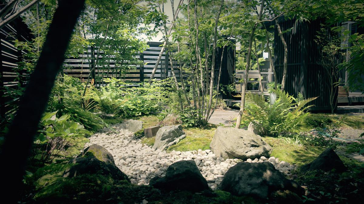 雑木の庭と枯山水